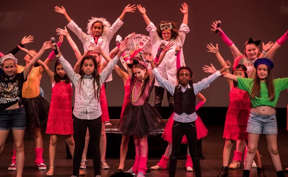 Group of Showstoppers Students in performance